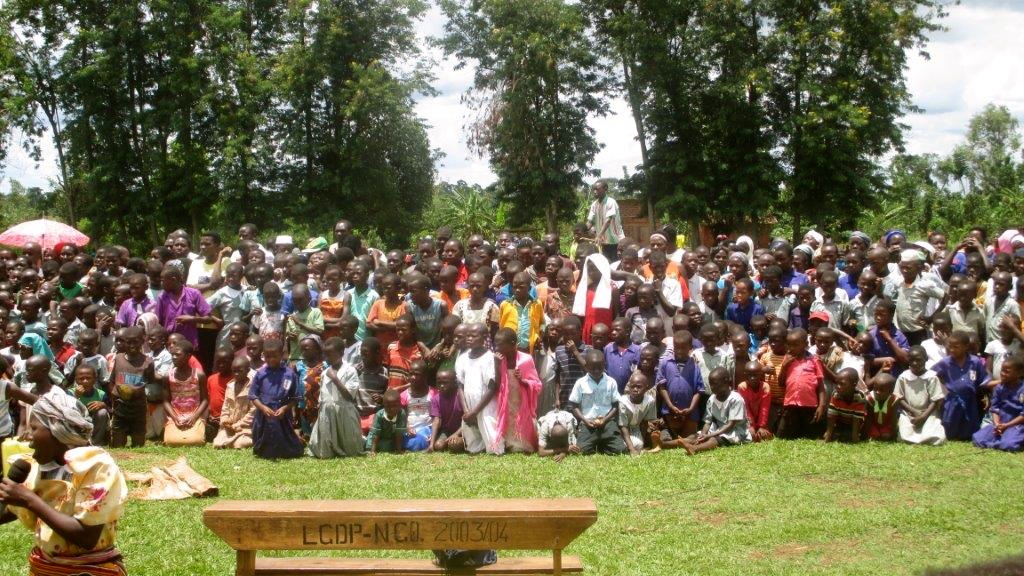 Community Gathers for OneMama Programs in Africa