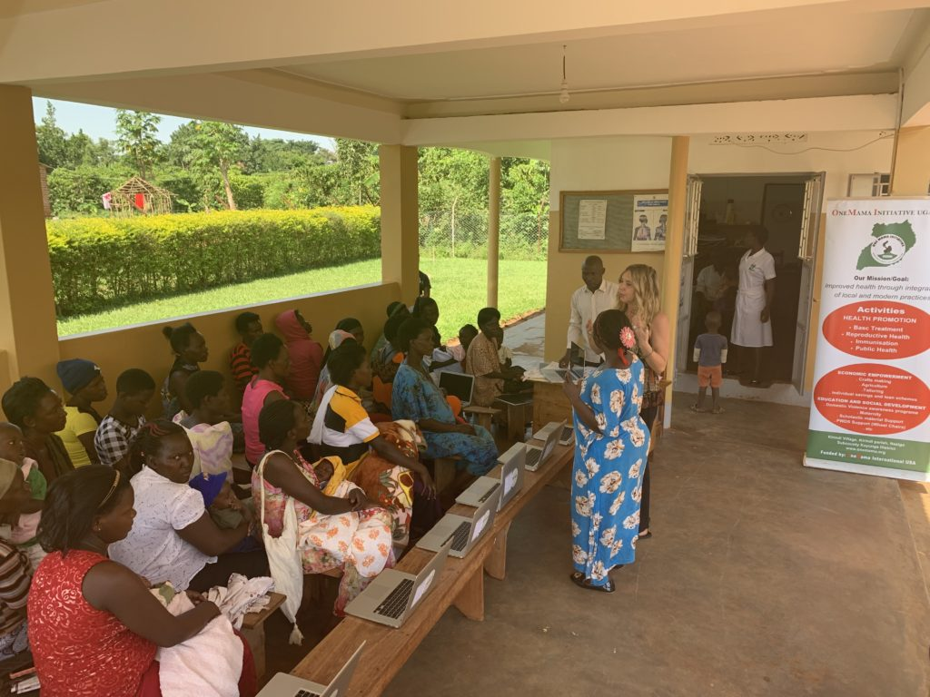 OneMama in Uganda Giving Resources for Women of the Community